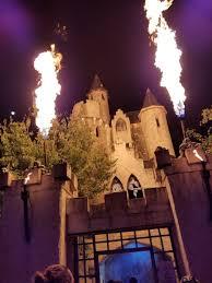 event report screams halloween theme park dread central