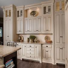 How To Choose Hardware For Kitchen Cabinets Kitchen Cabinet Knobs And Pulls Pertaining To Motivate Handles
