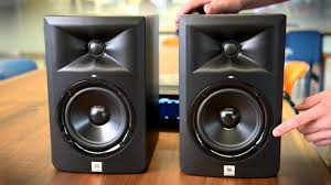 professional home theater system hands on with the jbl 3 series lsr305 reference monitors youtube