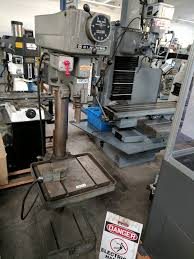 dealer sells used lathe milling machine metal shear press brake