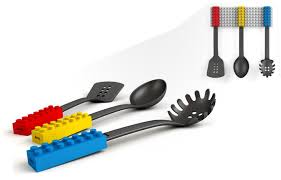 ustensile de cuisine en c ustensiles de cuisine manche lego
