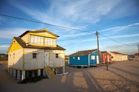 file beach houses 146148060 jpg wikimedia commons