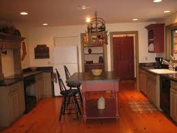 primitive kitchen island 128 best kitchen islands images on country kitchens