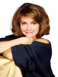 80s layered hairstyles the 31 most iconic haircuts of all time chin length bob sally