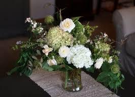 wedding flowers august vw garden wedding flowers in shades of white