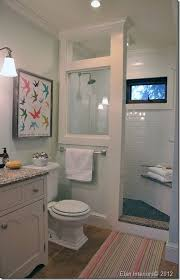 small bathroom decor ideas pictures best 25 small bathroom decorating ideas on bathroom