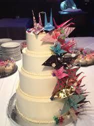 Origami Wedding Cake - origami cranes for cake topper interesting idea i do that