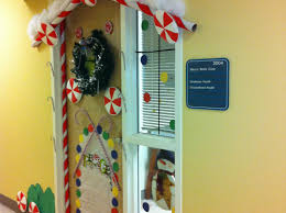 Office Christmas Door Decorating Contest Ideas Holiday Door Decorations For Classrooms And Creative But Simple