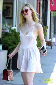 elle fanning stylishly makes her way through lax photo 3691930