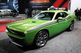 2011 dodge challenger r t green with envy chicago 2011 photo
