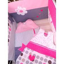 theme chambre bébé fille ensemble tour de lit gigoteuses sur mesure selon vos envies de
