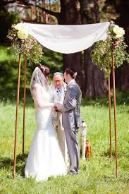 How To Make A Chuppah 5 Easy Tips To Pick The Perfect Chuppah The Big Fat Jewish Wedding