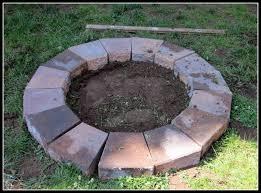 Backyard Fire Pit Lowes by 24 Building A Backyard Fire Pit Fire Pits How To Build Outdoor