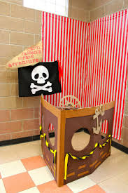 Pirate Themed Home Decor by Top 25 Best Pirate Party Decorations Ideas On Pinterest Pirate