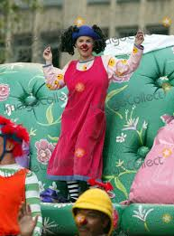 photos and pictures loonette big comfy at the 77th annual