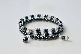 glass beads bracelet images How to make cool black hematite and clear glass beads bracelet jpg