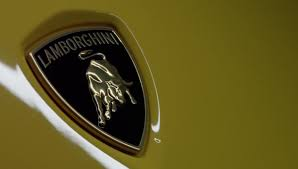 lamborghini badge look at that lamborghini urus has asterion inspired taillights