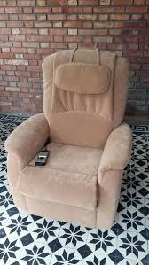 fauteuil confort electrique fauteuil confort electrique fauteuil aclectrique releveur et