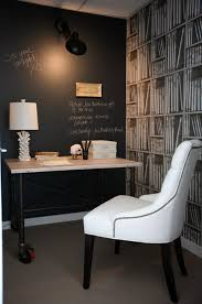 tableau deco pour bureau decoration tableau noir idee deco bureau chaise blanche 77 idées