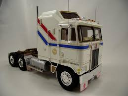 new model kenworth trucks kenworth vit200 on the workbench big rigs model cars magazine