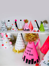 new year s party favors 33 creative ideas for celebrating new year s at home