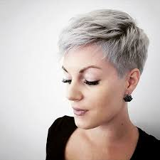 dos and donts for pixie hairstyles for women with round faces 4 047 likes 23 comments short hair dont care pixie