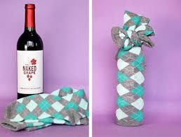 gift wrapping wine bottles vitamin ha wine bottle gift wrap ideas 22 pics