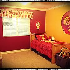 Uni Bedroom Decorating Ideas Back To Style How To Decorate Your Dorm Room On A Budget