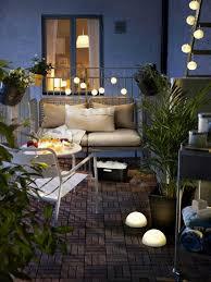 Guirlande Lumineuse Fleurs by Amenagement Balcon Sol Bois Composite Clic Clac Palmier Fleurs