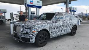 rolls royce suv spied rolls royce cullinan interior caught semi exposed