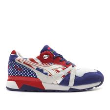 Flag With 2 Red Stripes And 1 White Diadora N9000 Flag Pack Usa Stars And Stripes Dark Blue White