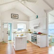 New Kitchen Ideas For Small Kitchens Best 25 Beach Cottage Kitchens Ideas On Pinterest Beach Cottage