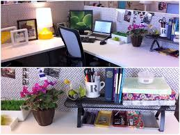 Office Desk Deco Ask How Do I Live Simply In A Cubicle Cubicle And