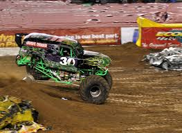 monster trucks grave digger crashes just a car guy grave digger u0027s freestyle at san diego monster jam