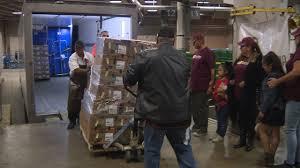 volunteers prepare to feed 25 000 for raul jimenez