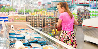 money tips for shopping in bulk buying food in bulk can waste money