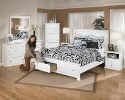 small bedroom storage ideas great storage ideas for small bedroom