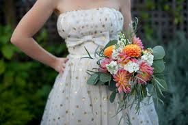 cheap wedding bouquets with grocery store flowers a practical