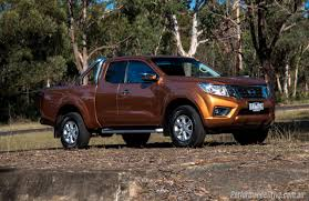 nissan navara 2017 sport 2016 nissan navara st king cab 2 3dtt review video
