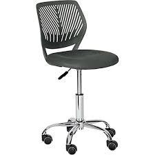 chaise pour bureau enfant chaise enfant alinéa chaise pour enfant en bois métal ou
