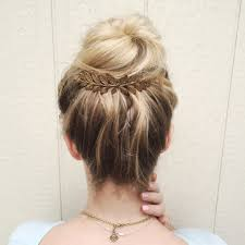 bun accessories this website has really hair accessories and jewelry diy