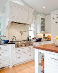 kitchen cabinet door knob screws 4 types of cabinet door knobs