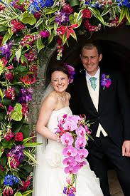 wedding flowers in cornwall wedding flowers in cornwall and ollie sawle wedding photography