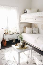 best 25 dorm rooms decorating ideas on pinterest college dorms