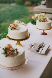 Wedding Cake Table 2016 Wedding Cake Trends U2013 Dipped In Lace