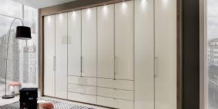 Schlafzimmerschrank Beleuchtung Entdecken Sie Hier Das Programm Loft Möbelhersteller Wiemann