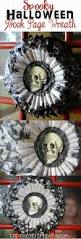 Scary Halloween Door Decorations by Best 20 Scary Halloween Wreath Ideas On Pinterest Tulle Wreath