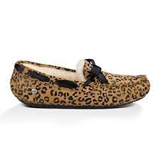 ugg s dakota moccasins sale amazon com ugg s dakota leopard bow slipper slippers