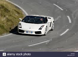 Lamborghini Gallardo Front - lamborghini gallardo spyder model year 2005 white driving