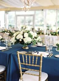 round table centerpiece ideas round table wedding centerpieces pearloasis info